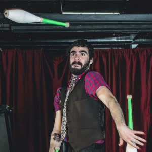 Mikey Mangorilla - Juggler in Philadelphia, Pennsylvania