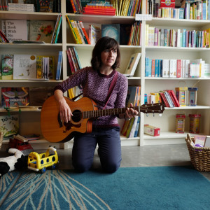 Miss Annie's Music for Kids - Singing Guitarist in Brooklyn, New York