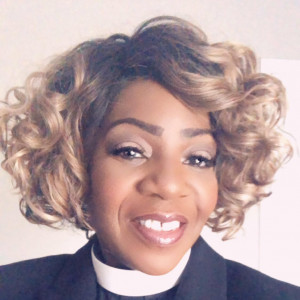 Pastor Monica - Praise & Worship Leader / Makeup Artist in St Petersburg, Florida