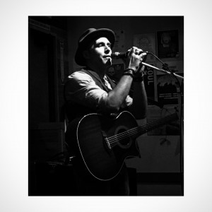 Mitchel Slade - Singing Guitarist / Wedding Musicians in Santa Rosa, California