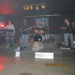 Mixed Nuts or Mojo Universe - Rock Band in O'Fallon, Missouri