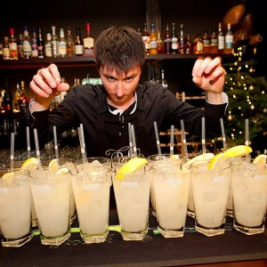 Mixologist for events