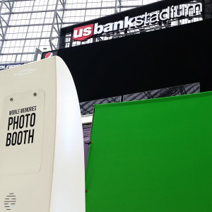 Mobile Memories Photo Booth - Photo Booths in Minneapolis, Minnesota