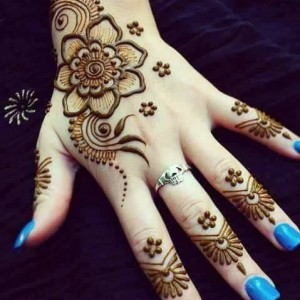 Modern and Traditional Henna