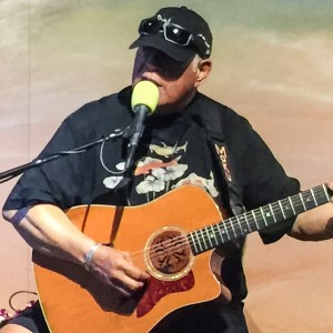 Moku the guitarist - Singing Guitarist / Easy Listening Band in Kihei, Hawaii