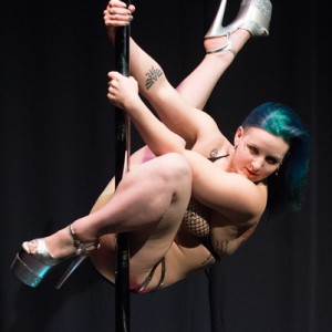 Molly Meru - Burlesque Entertainment in Chicago, Illinois