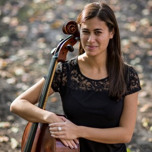 Molly Rife - Cellist in Chicago, Illinois