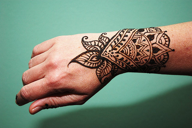 Hire Mona S Henna Art Henna Tattoo Artist In Elmont New York
