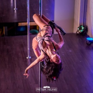 Monique | Pole dance performer - Dancer in Burlington, Ontario