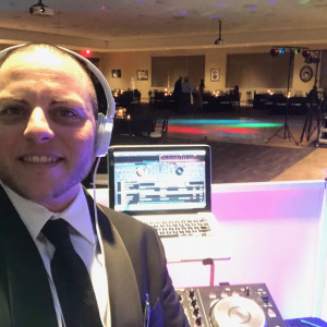 Mo's DJ Services - Mobile DJ in Austin, Texas
