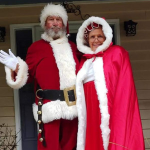 Mr & Mrs Claus at the Beach - Santa Claus / Holiday Party Entertainment in Myrtle Beach, South Carolina