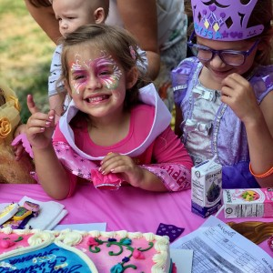 Ms Anna - Face Painter / Caricaturist in Kenosha, Wisconsin