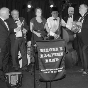 Music for listening and dancing - Ragtime Band in Stockholm, Maine