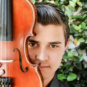 Jose Kropp - Violinist / Strolling Violinist in Los Angeles, California