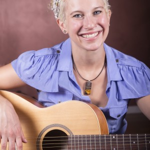 Music with Lily - Children's Party Entertainment / Singing Guitarist in Brooklyn, New York