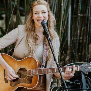 Natalie Gelman - Singing Guitarist in Ojai, California