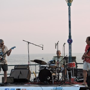 Neptune Cocktail - Surfer Band / Beach Music in Whittier, California