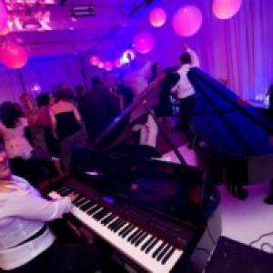 New England Dueling Pianos - Dueling Pianos / Corporate Event Entertainment in Boston, Massachusetts