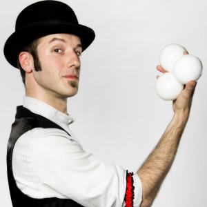 Nickolai Pirak - Juggler in Seattle, Washington
