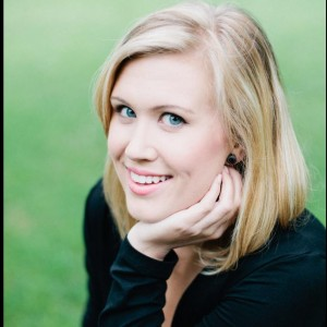 Nicolette Maas - Singing Pianist in Lisle, Illinois