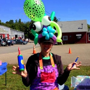 Noodle Daisy Balloons - Balloon Twister / Children's Party Entertainment in Worcester, Massachusetts