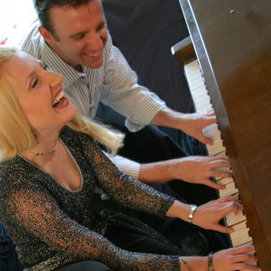The Jeff & Rhiannon Show - Dueling Pianos / Pianist in Seattle, Washington
