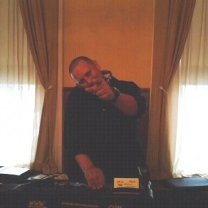 Nuthin' But the Tunes - Mobile DJ / Wedding DJ in Cherry Hill, New Jersey