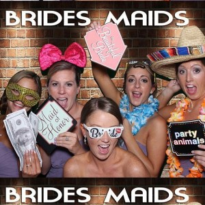 Oh Snap Photo Fun-Photo Booth - Photo Booths / Wedding Services in Providence, Rhode Island