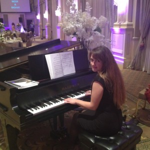 Olga - Pianist / Holiday Party Entertainment in Raleigh, North Carolina