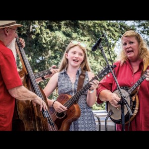 100 Huckleberry's - Bluegrass Band in Everett, Washington