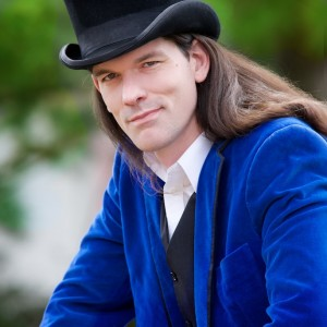 David Darwin - One Man Sideshow - Juggler / Interactive Performer in Philadelphia, Pennsylvania