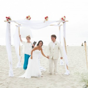Oregon Ceremonies: Weddings that rock your story! - Wedding Officiant / Wedding Services in Corvallis, Oregon