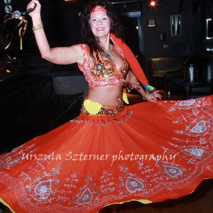 Oryantal Dansi with Laila Aziz - Belly Dancer in Chicago, Illinois