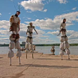 Ottawa Stilt Union - Stilt Walker / Outdoor Party Entertainment in Ottawa, Ontario