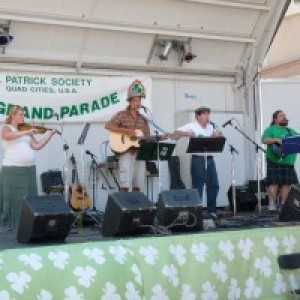 Paddy O'Furniture - Celtic Music / Folk Band in Moline, Illinois