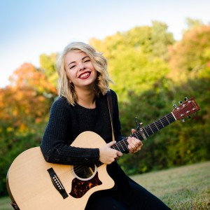 Paris Ray - Singing Guitarist in St James, New York