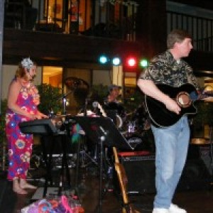 Parrottroupers - Jimmy Buffett Tribute / Beach Music in Kankakee, Illinois