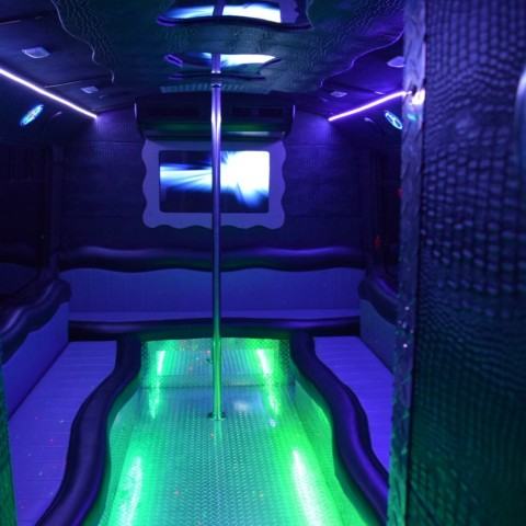 Hire L A Party Bus Party Bus In Los Angeles California