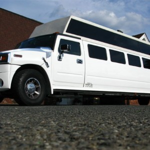Party Limo Seattle - Limo Service Company / Prom Entertainment in Seattle, Washington
