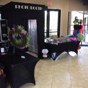 Party Penguins PhotoBooth - Photo Booths / Prom Entertainment in Fort Myers, Florida