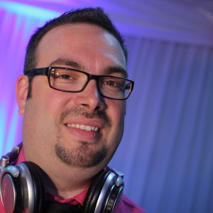 Pascal Levesque Wedding MC/DJ Animateur/DJ Mariage - Wedding DJ in Victoriaville, Quebec