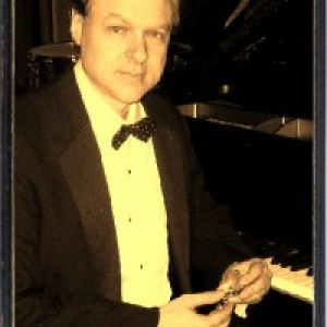 Peter Arnstein - Pianist / Keyboard Player in Minneapolis, Minnesota