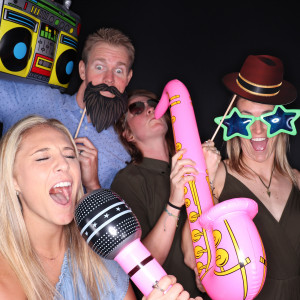 Pixcellent Booths - Photo Booths / Family Entertainment in San Diego, California