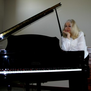 Phyllis Lynch and Friends Live Music - Pianist in Indianapolis, Indiana
