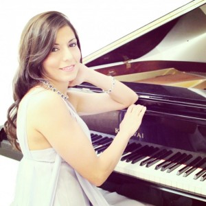 Christine Abdalian - Classical Pianist / Christian Band in Toronto, Ontario
