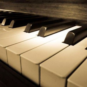 Pianist/Keyboardist Available