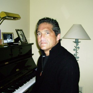 Piano / Vocalist - Pianist / Keyboard Player in Westbrook, Connecticut