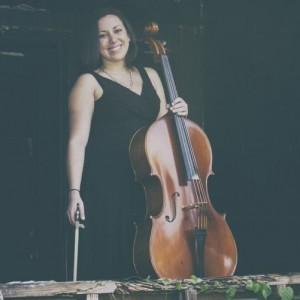 Pilar Suter - Cellist in Seattle, Washington