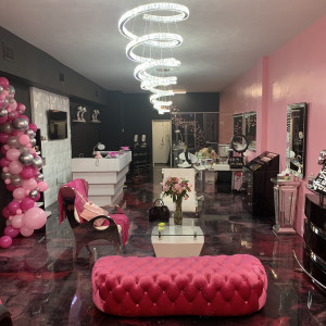 Pink Vanity Beauty Service - Makeup Artist / Hair Stylist in Miami, Florida