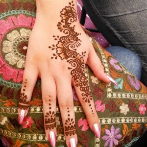 Planet Henna - Henna Tattoo Artist / College Entertainment in Bakersfield, California